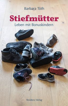 "Coverabbildung von ""Living with bonus children"""